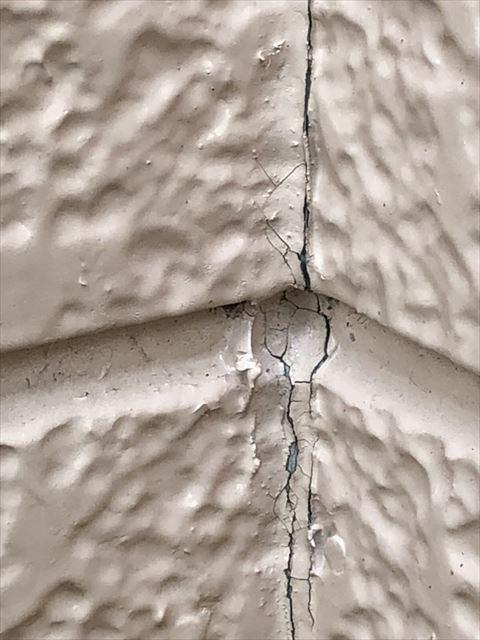 春日部市で外壁屋根の塗装の無料調査依頼を頂いたので、お伺いしました。