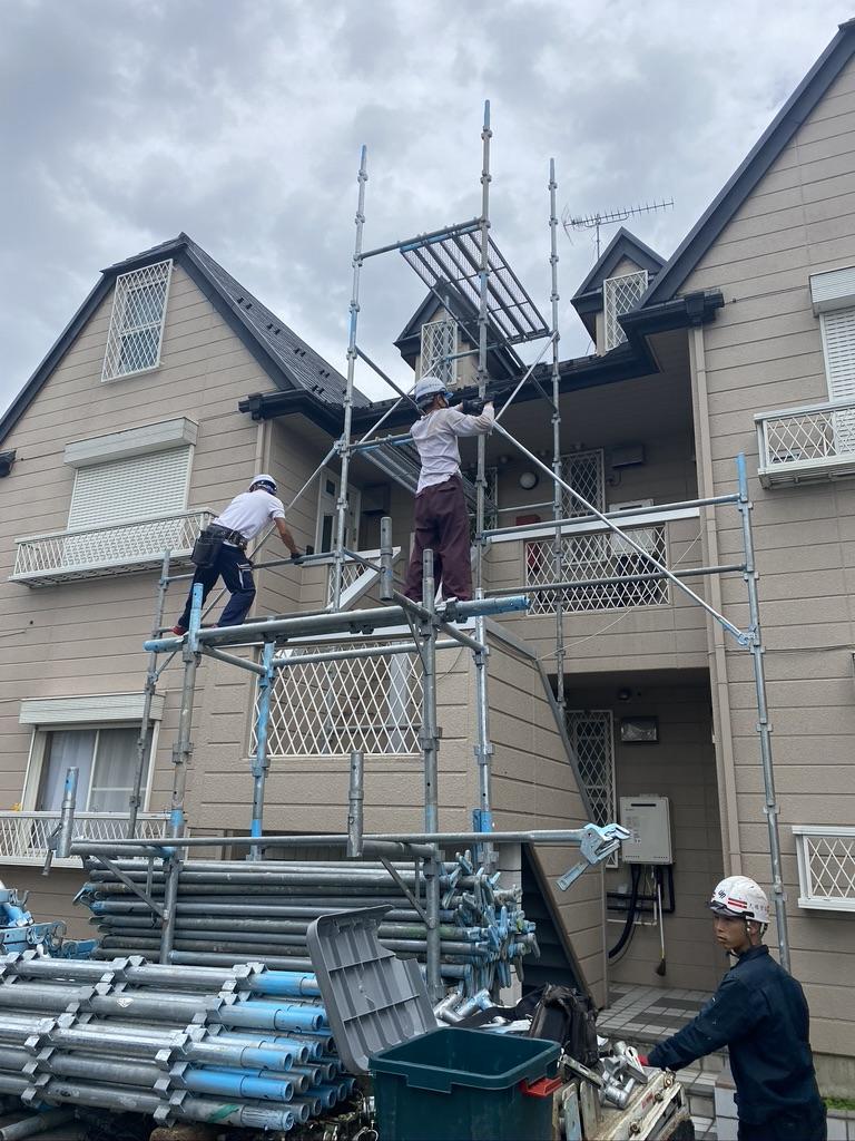 幸手市/欠落しているアーバニー屋根の補修工事を行いました