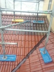 下屋根洗浄中