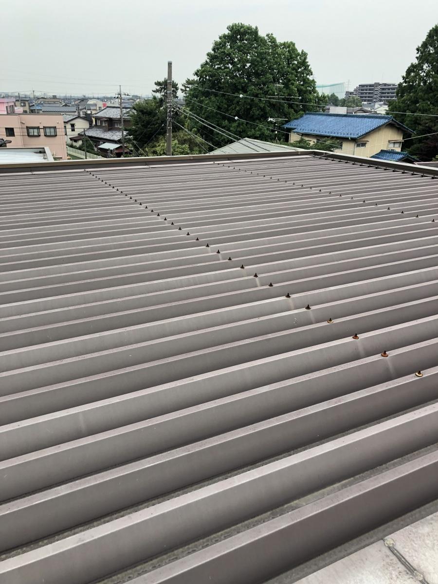 越谷市でALC3階建雨漏り塗装工事の無料現地調査に伺いました