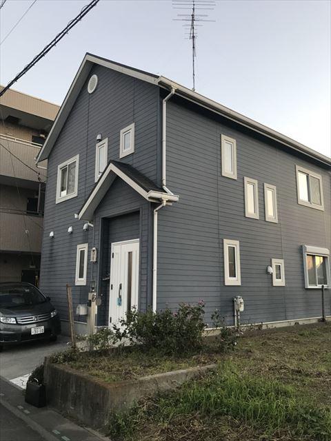久喜市伊坂のお客様より外壁クラックとチョーキングが気になるとの調査依頼がきました!