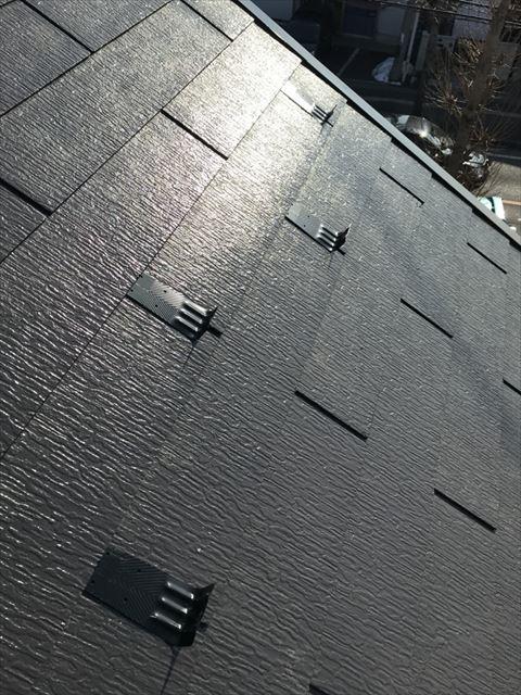 久喜市吉羽のお客様宅にて雪止め強化工事を施工してきました。